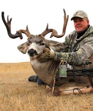 Deer Photos: Alberta Muley With Crazy Rack