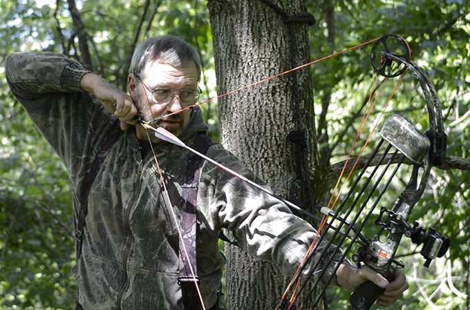 Bowhunting Prep: Shooting From a Treestand