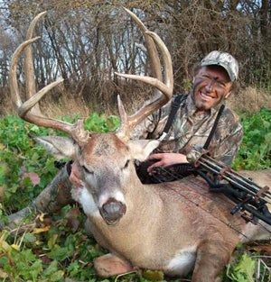 Whitetail Scouting Tips from Country Music Super Star Craig Morgan