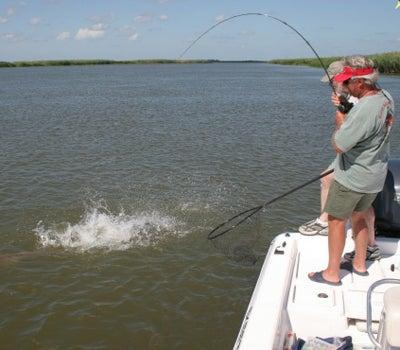 httpswww.outdoorlife.comsitesoutdoorlife.comfilesimport2014importImage2008legacyoutdoorlifebob_mcnally_redfish_15.jpg