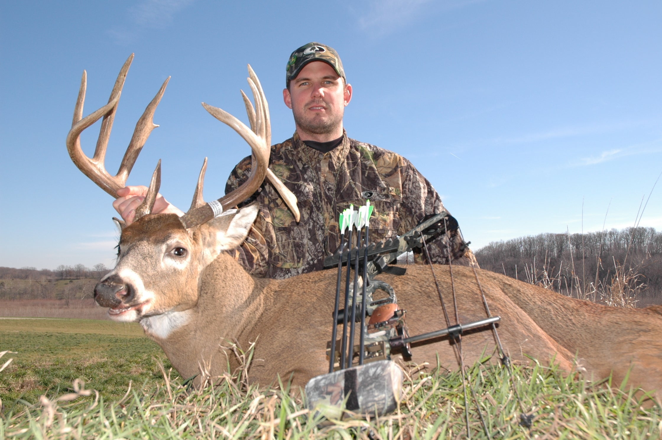Bowhunting Tips: 4 Bow Stand Setups You Should Avoid This Season
