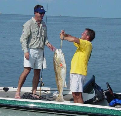 httpswww.outdoorlife.comsitesoutdoorlife.comfilesimport2014importImage2008legacyoutdoorlifebob_mcnally_redfish_10.jpg