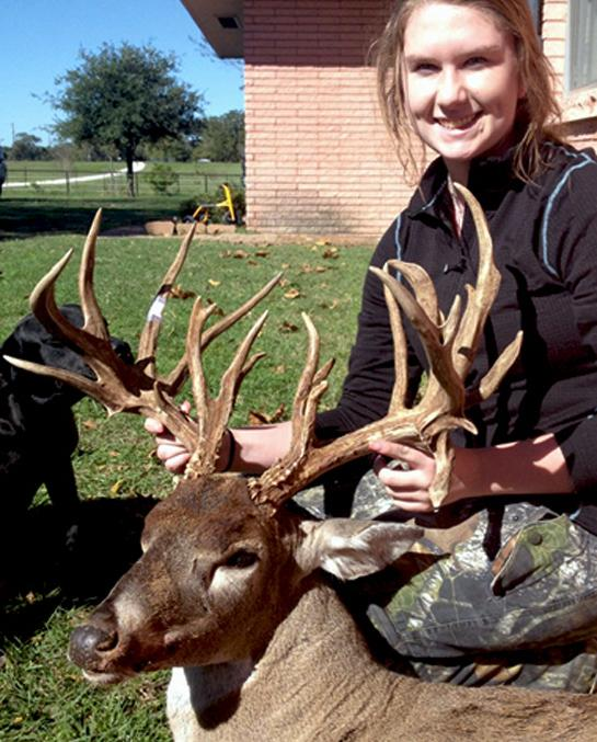 Texas Teenager Takes Monster 23-point Buck, Sets a Youth Record