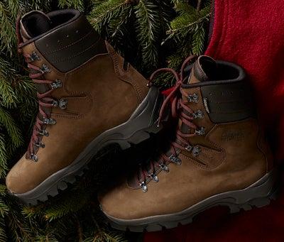 httpswww.outdoorlife.comsitesoutdoorlife.comfilesimport2014importImage2008legacyoutdoorlife125-holiday08_perfekt_hunter_boots.jpg