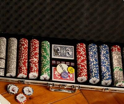 httpswww.outdoorlife.comsitesoutdoorlife.comfilesimport2014importImage2008legacyoutdoorlife125-holiday08_cabelas_big_game_poker.jpg