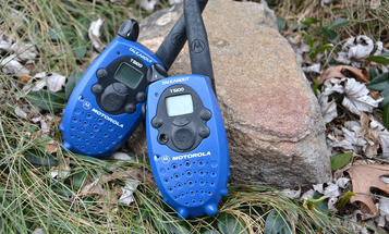 9 Pros and Cons of Walkie Talkies for Emergency Communication