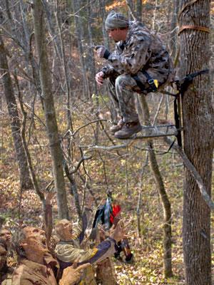 httpswww.outdoorlife.comsitesoutdoorlife.comfilesimport2014importBlogPostembedzombie_treestand.jpg