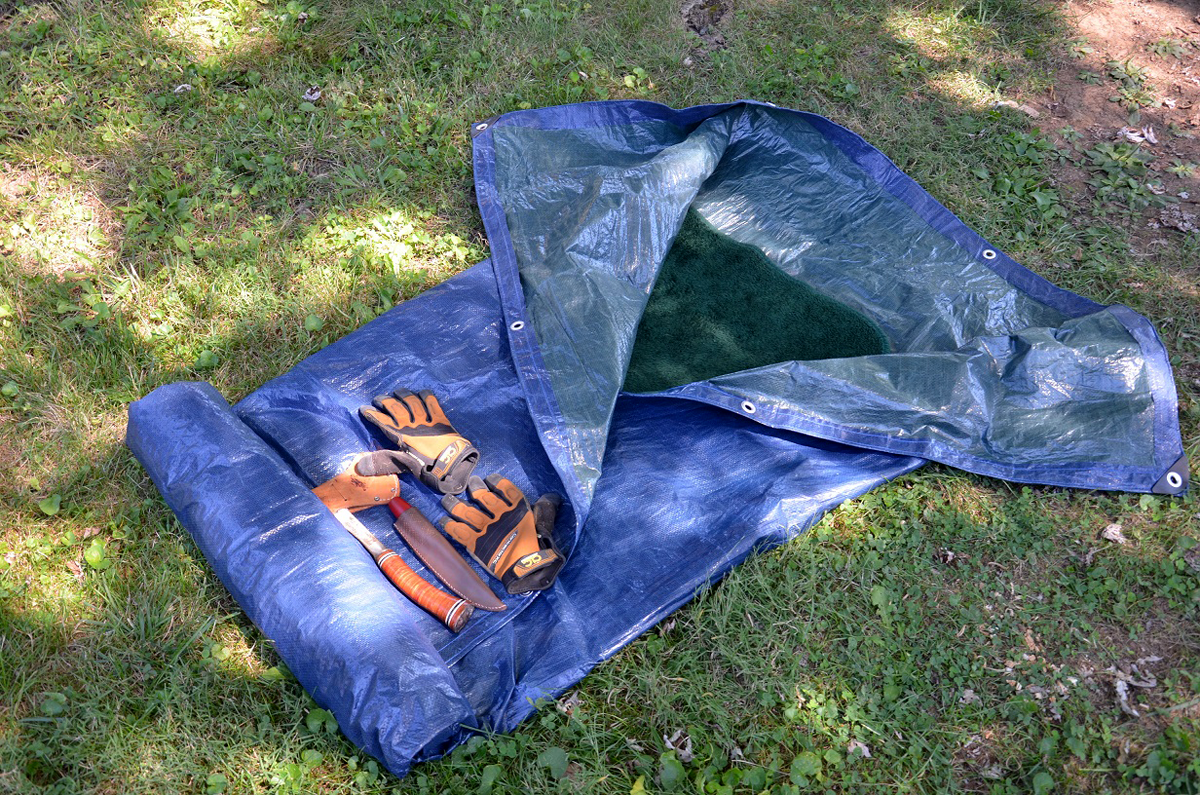 Survival Skills: How to Turn a Tarp and Blanket Into a Bedroll