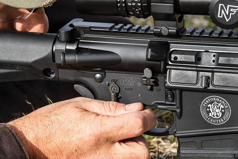 AR rifle pistol grip