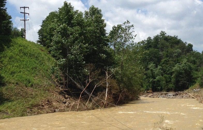 west virginia flash floods, west virginia 2016 floods, flood survival, flood safety, natural disaster survival