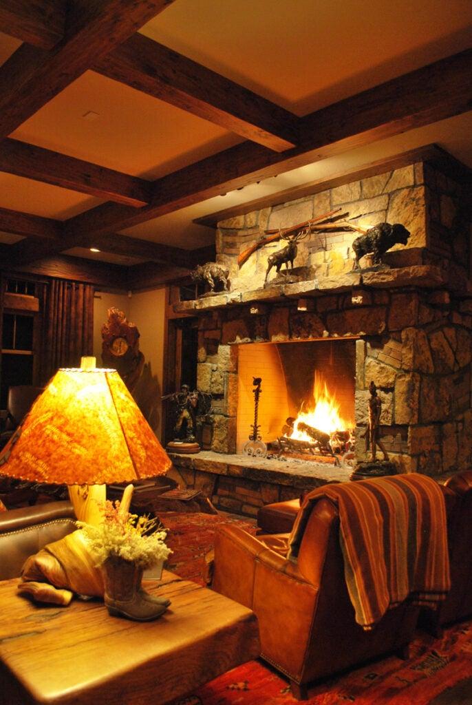 httpswww.outdoorlife.comsitesoutdoorlife.comfilesimport2014importImage2009photo614-Fireplace.jpg