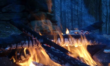 10 Tips for Starting a Fire in Bad Weather