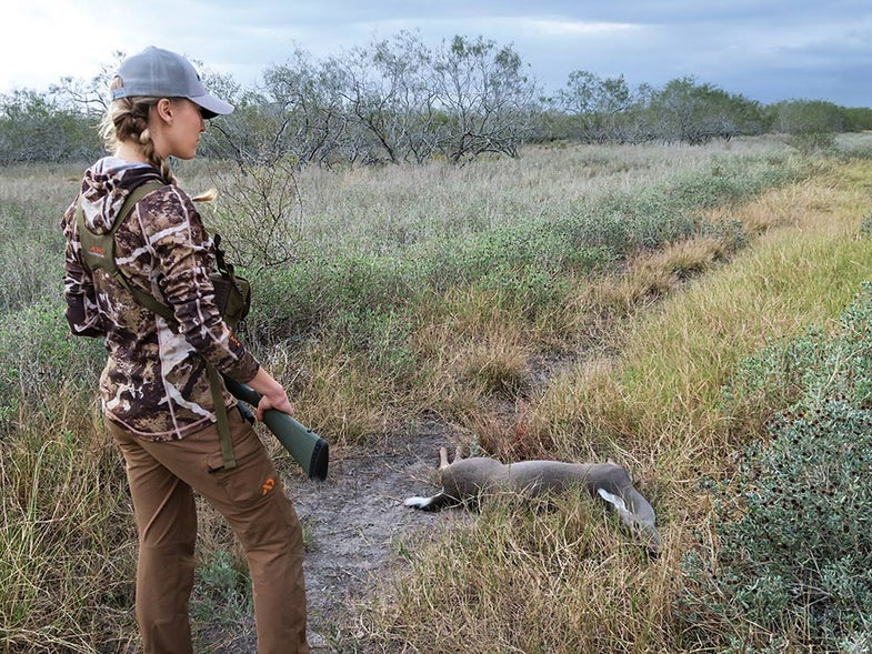 caty enders first whitetail hunt