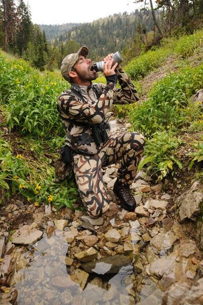 httpswww.outdoorlife.comsitesoutdoorlife.comfilesimport2014importImage2011photo1001321579WyoXbowElk2I.jpg