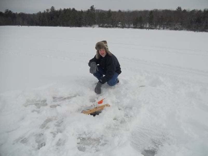 httpswww.outdoorlife.comsitesoutdoorlife.comfilesimport2014importImage2011photo6NY_icefishing_6.jpg
