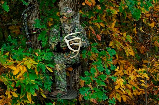 httpswww.outdoorlife.comsitesoutdoorlife.comfilesimport2014importImage2009photo79LotsofLeavesLimbsCover.jpg