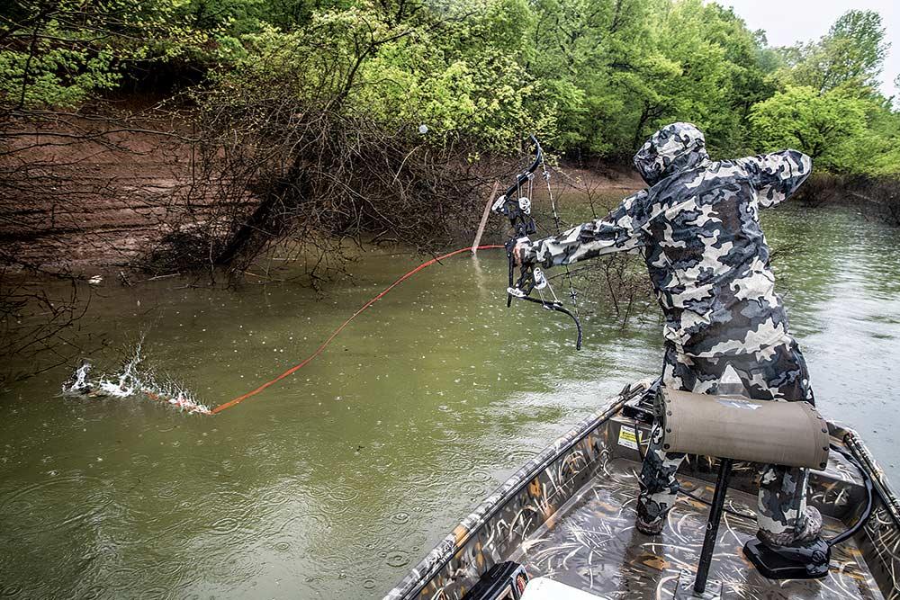 will brantley bowfishing for carp