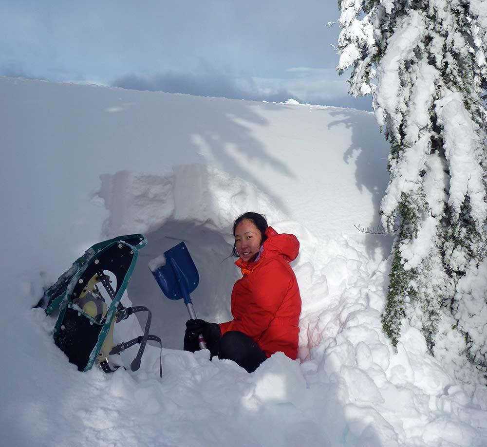 snow cave survival
