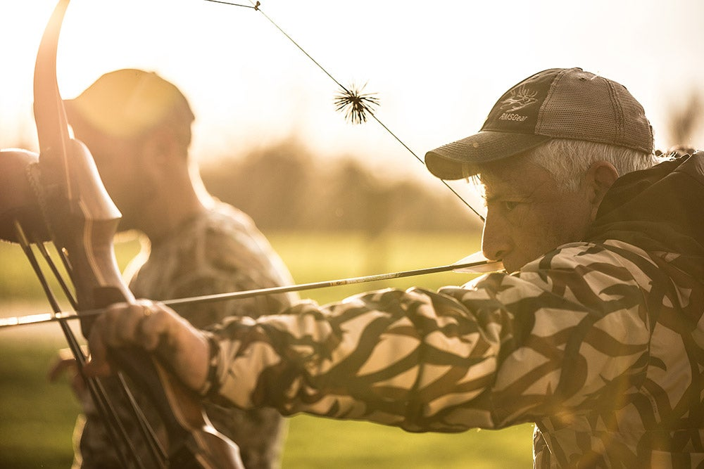 How to Shoot a Traditional Bow: The Basics of Trad Archery