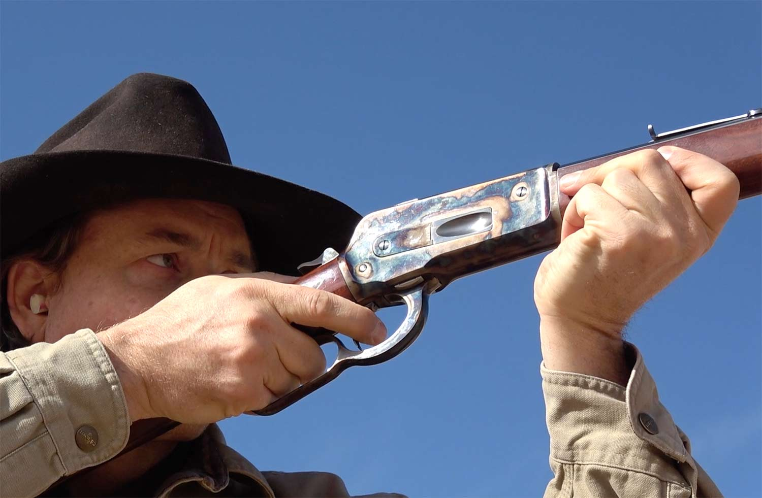 5 Iconic Lever-Action Rifles