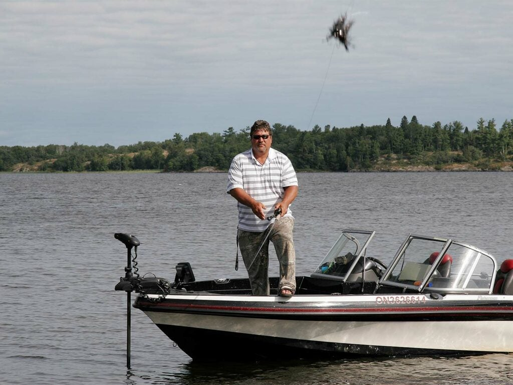 steven heiting casting lure into water