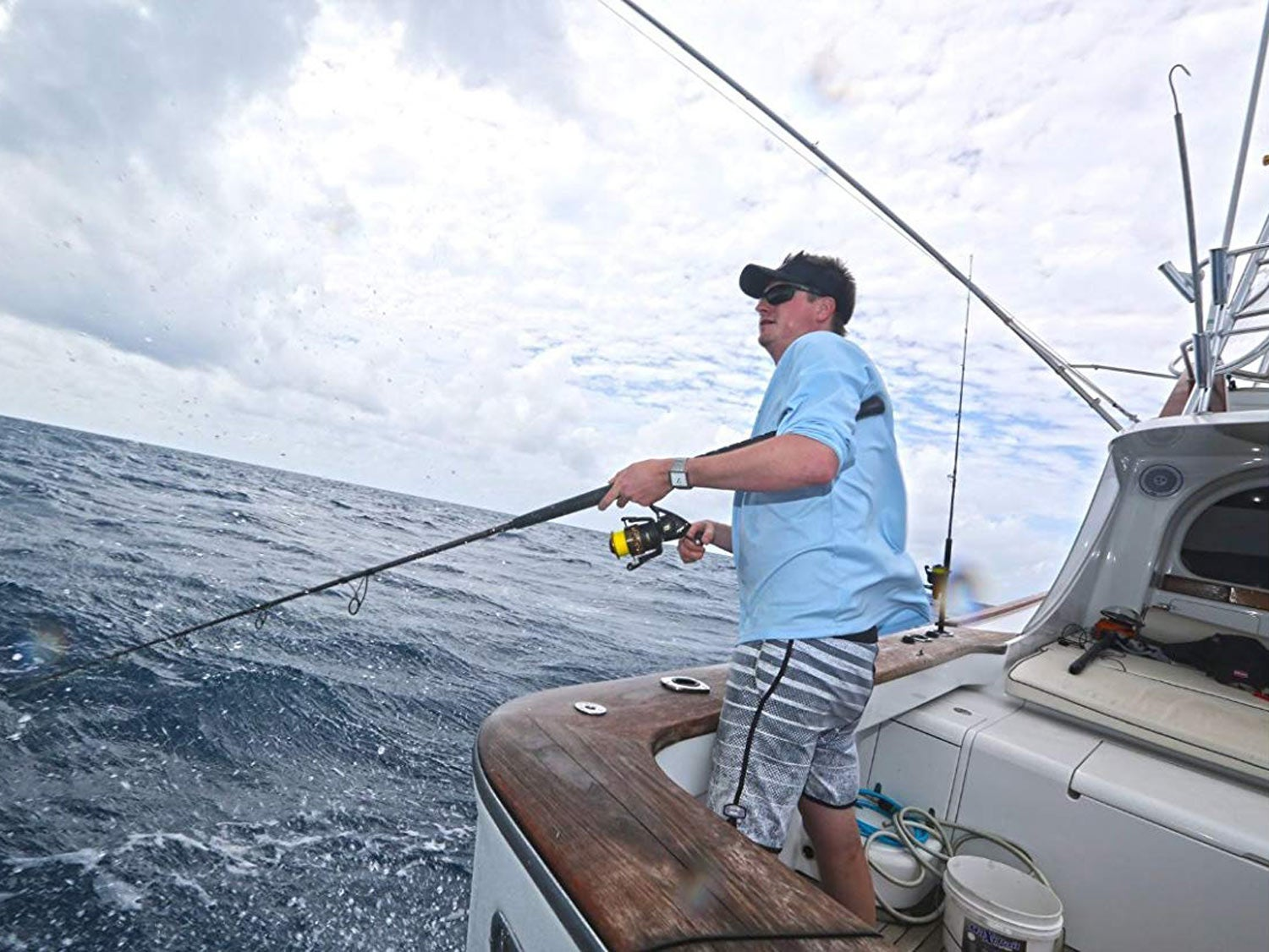 How to Choose a Spinning Rod for Surf Fishing