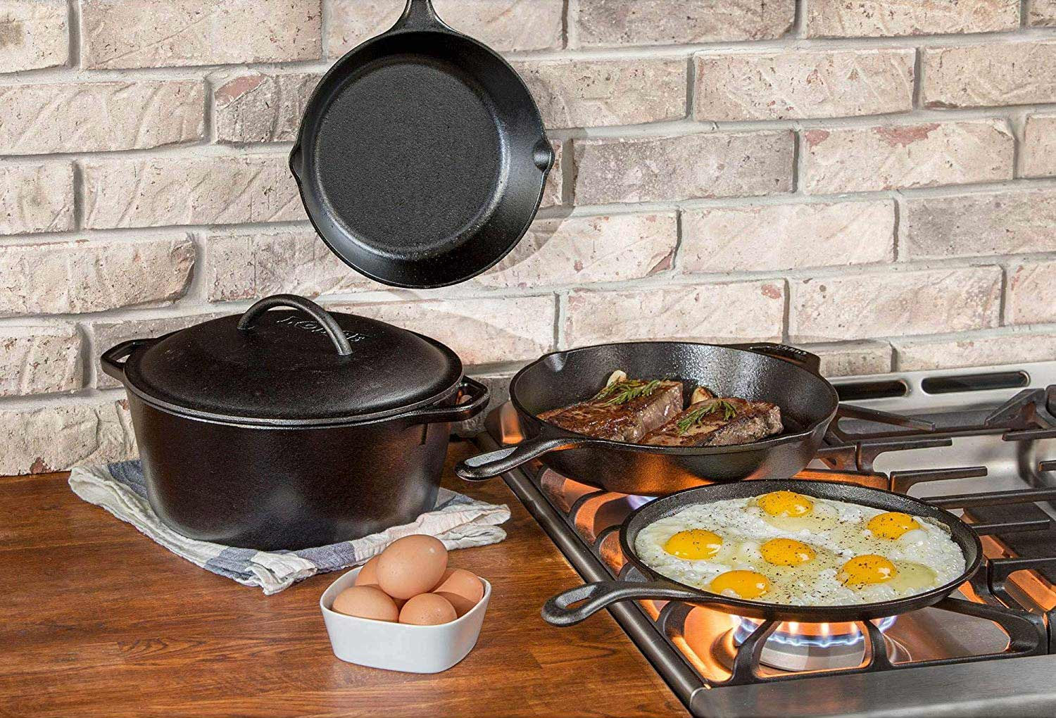 Cast iron cooking kitchen