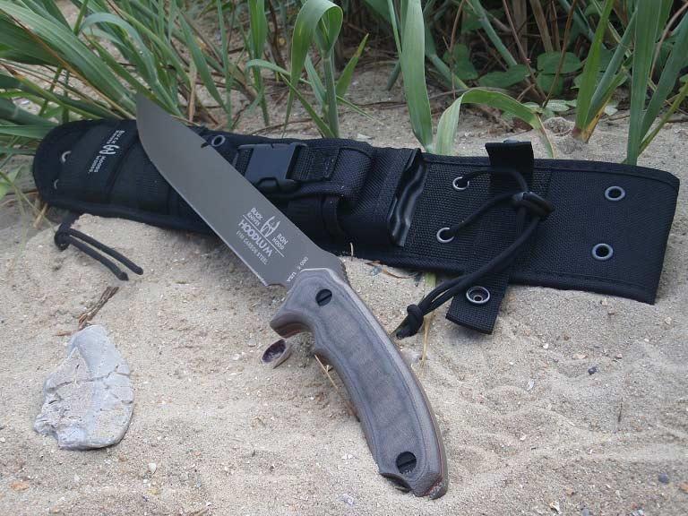 Large heavy chopping knife.