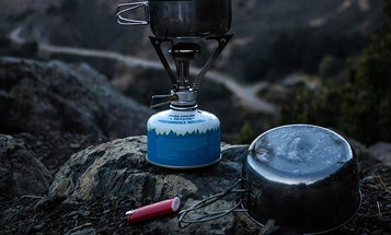 Excellent camp stoves for feeding yourself (and your friends) in the woods