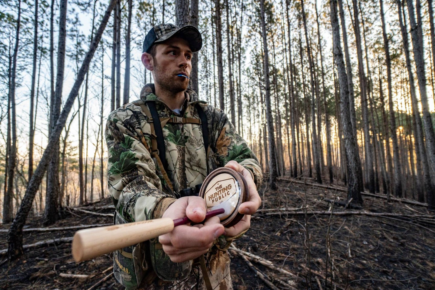 Aaron Warbritton of The Hunting Public working a pot and peg style call.