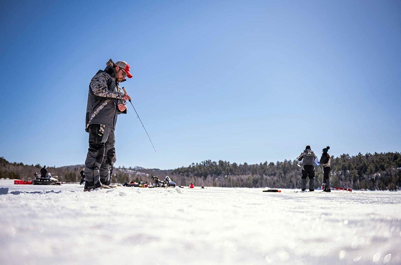 people ice fishing