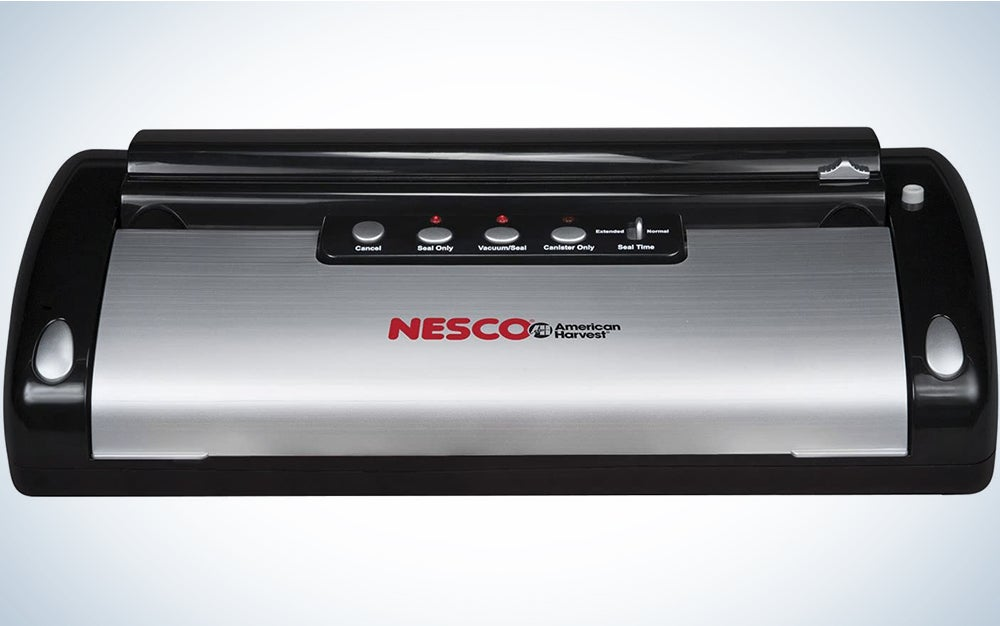 NESCO VS-12, Deluxe Vacuum Sealer with Bag Starter Kit and Viewing Lid