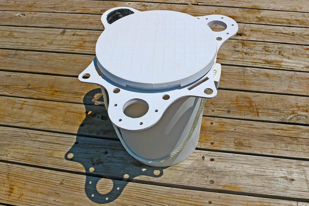 A white five gallon bucket.
