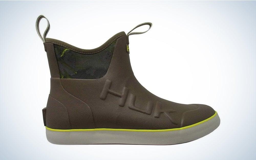 HUK Men's Rubber Waterproof Rogue Wave Mid Boots