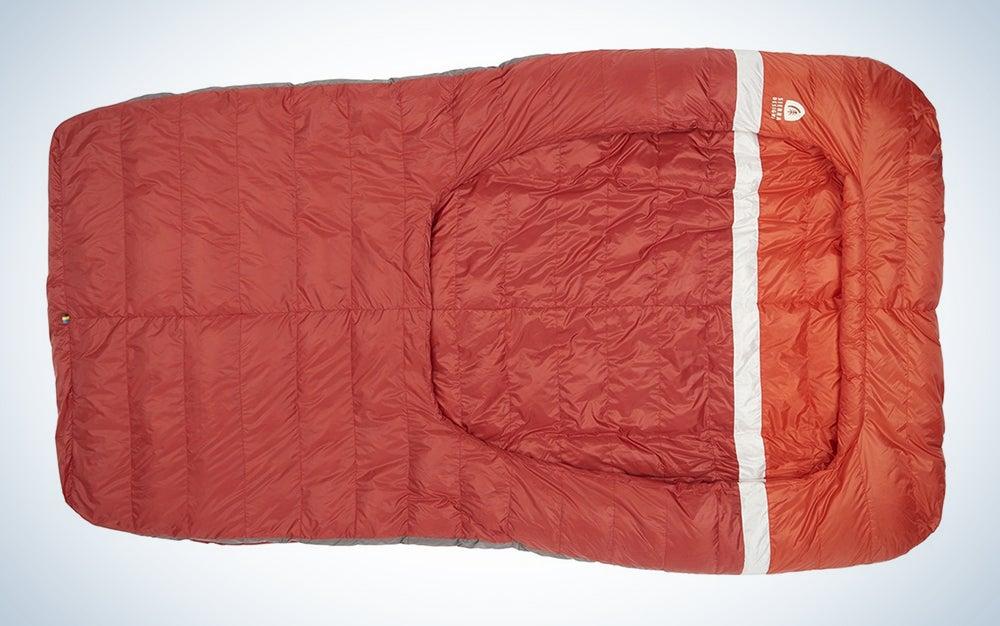 Sierra Designs Backcountry Bed 20, Lightweight Zipperless 20 Degree Backpacking Sleeping Bag with Self-Sealing Footvent