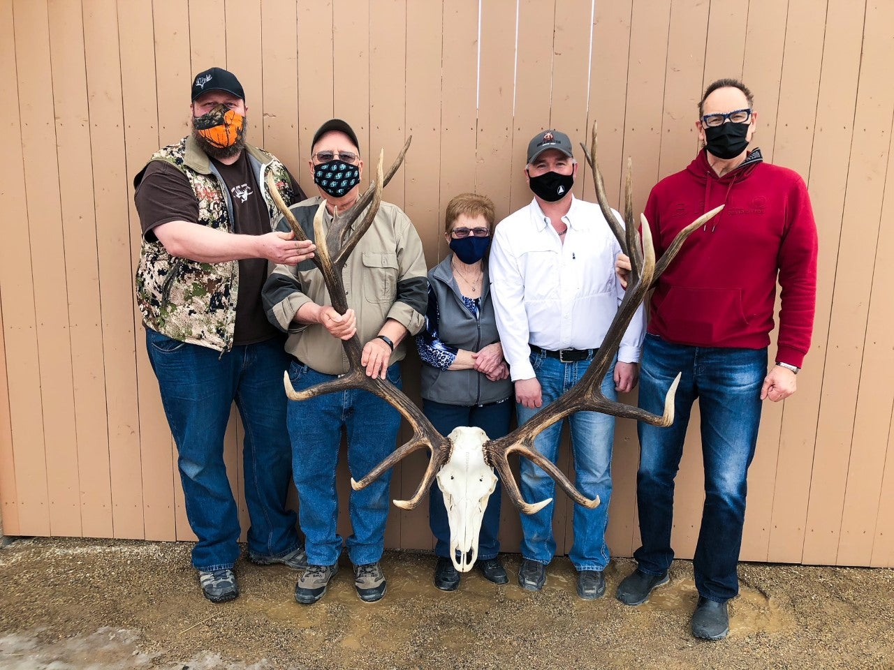 Alberta's Shawn O'Shea is the current archery elk non-typical world record holder.