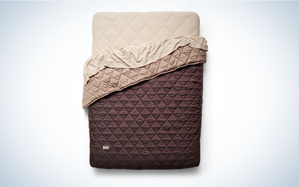 Best air mattress for camping and gifts for dad
