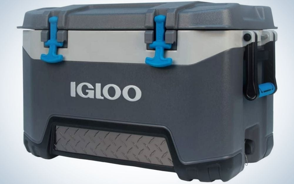 An Igloo cooler with shape of a big box and with three grey colors and blue key for closing the lid.