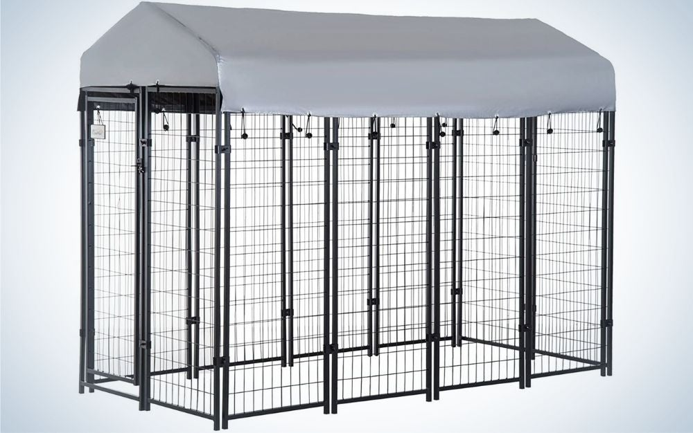 A large dog house with metal chain and a gray plasma roof.