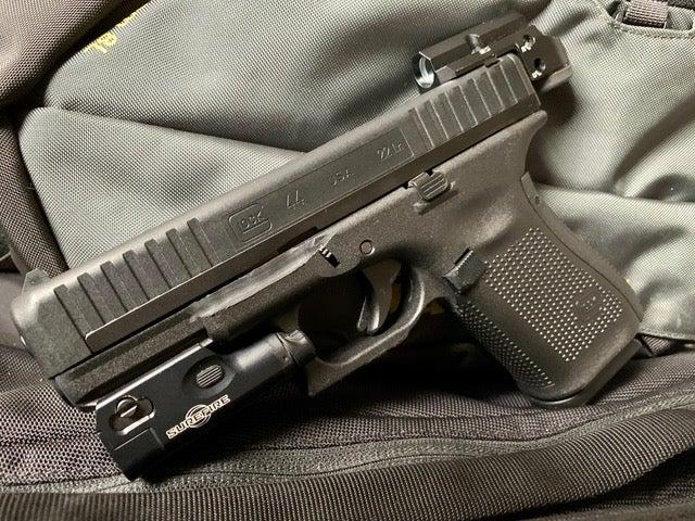 Glock-44-Leupold-Delta-Point-Micro