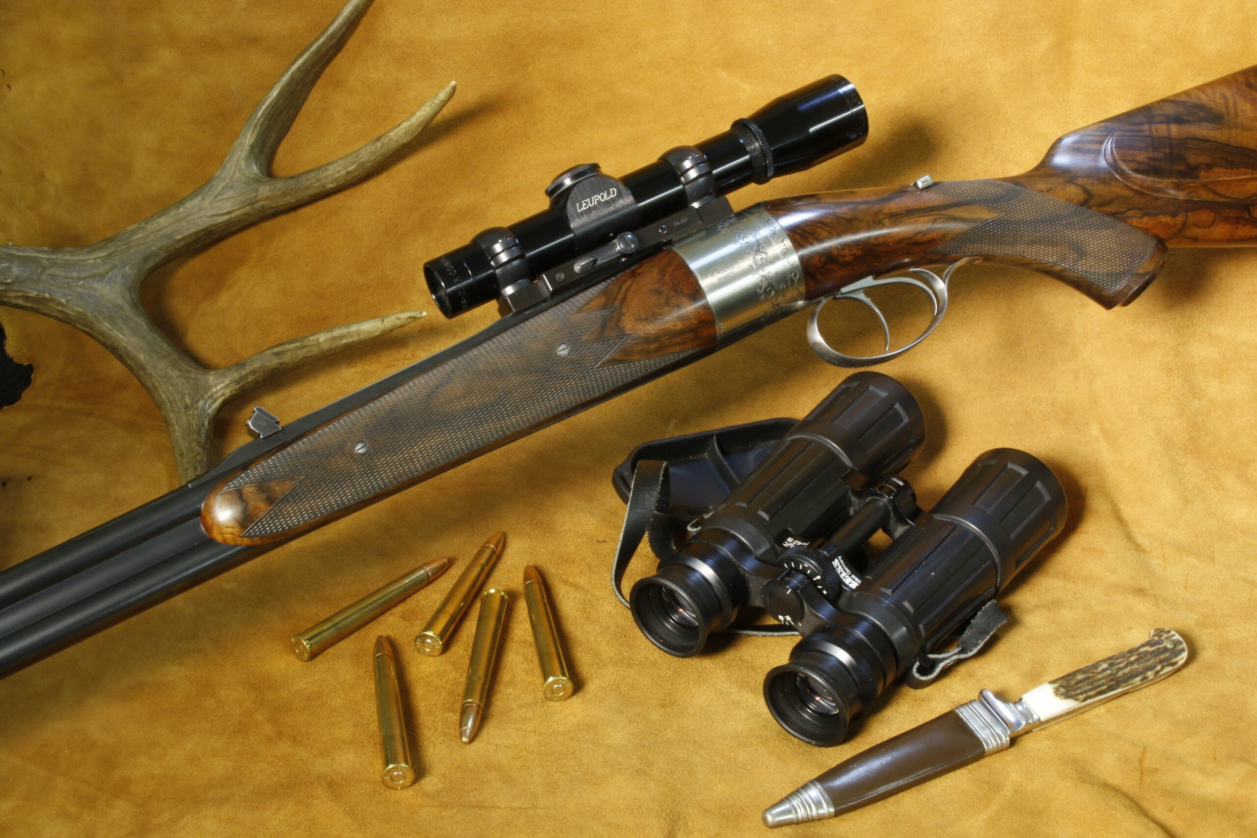 The Hoenig Round Action rifle is an obscure but impressive sporting rifle.