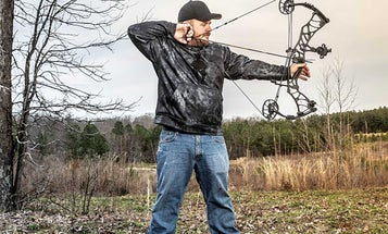 How to Draw a Compound Bow