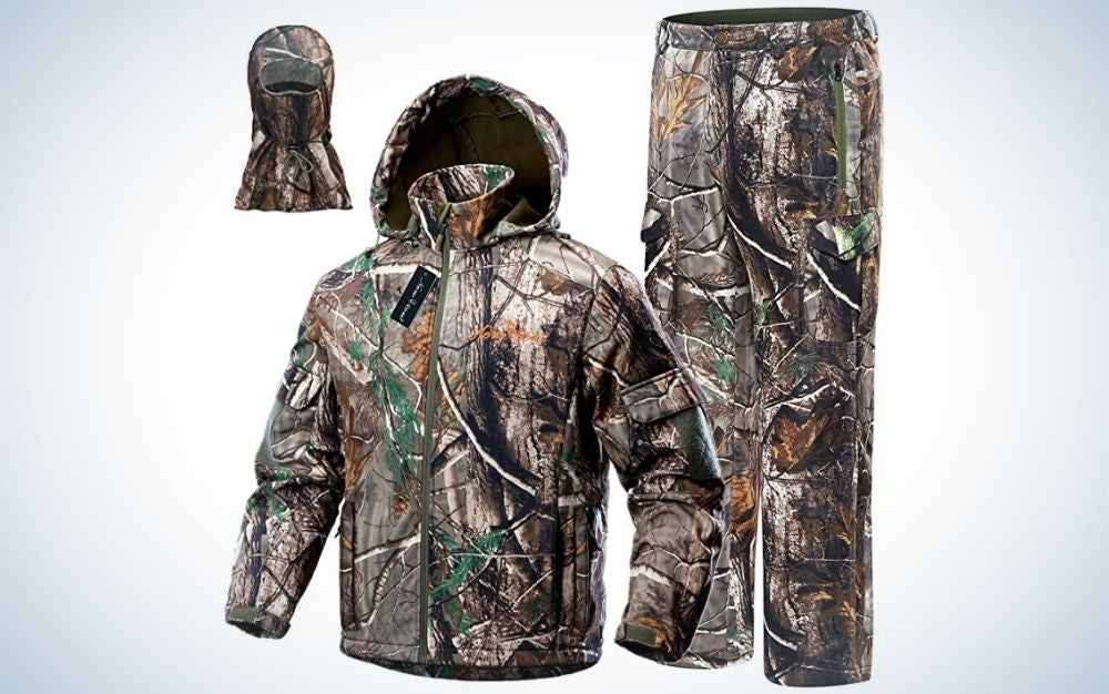 Camo leaf, hunting camo clothes for men including jacket, pants, and mask