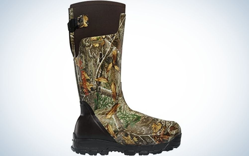 A pair of black and military boots are the best hunting boots
