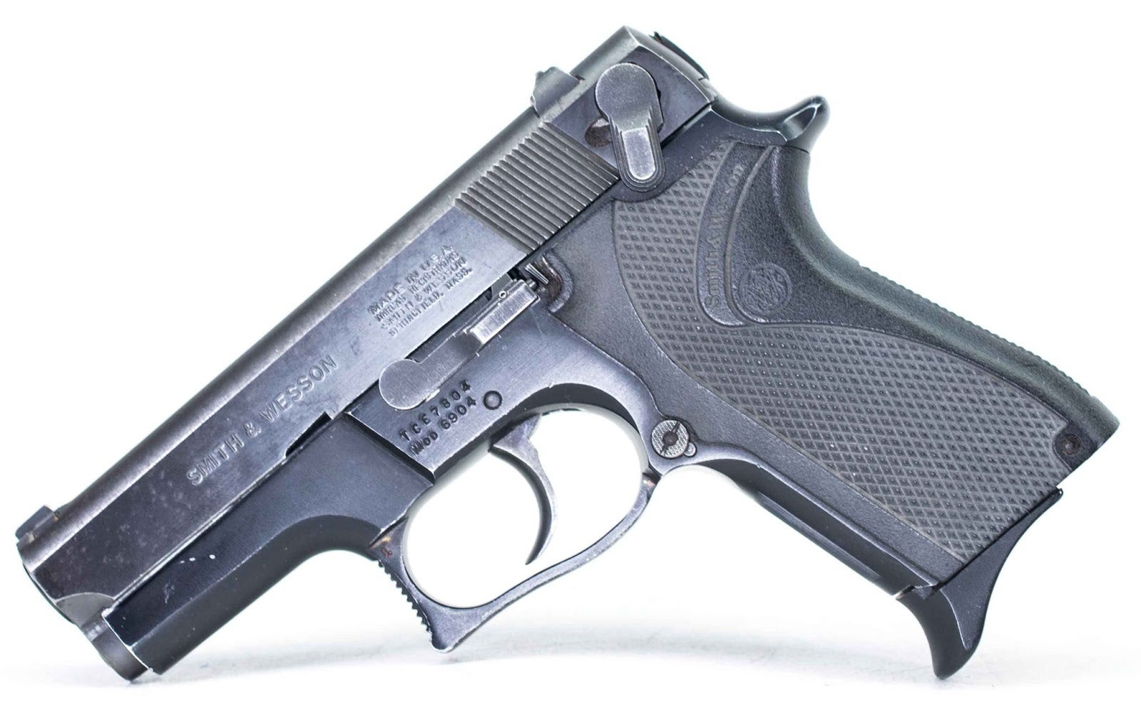 Smith & Wesson 6904 9mm