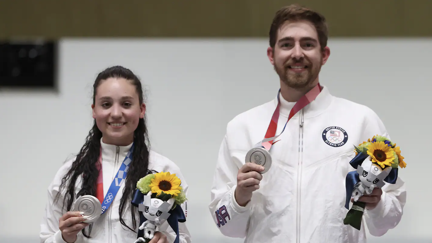 Team USA shooters take silver in 10-meter air rifle competition.