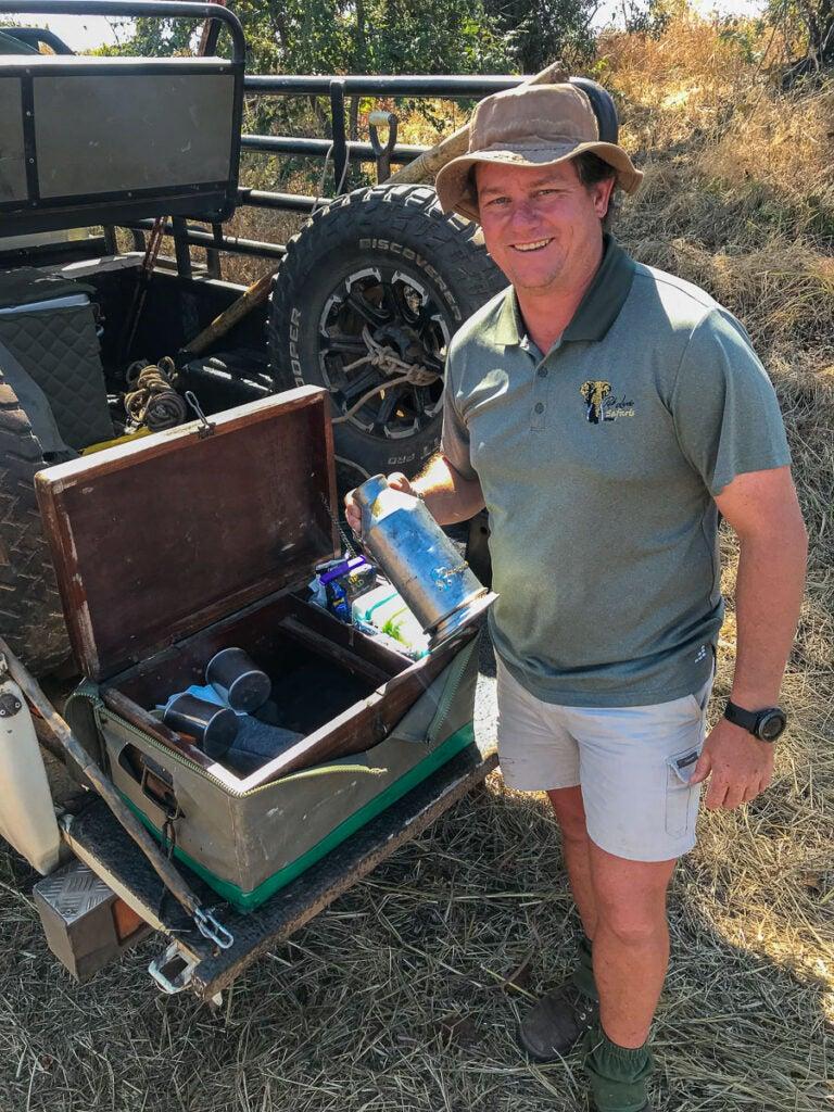tailgate lunch on safari