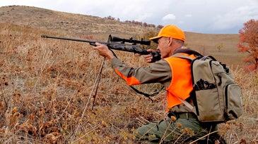 aiming big game rifle
