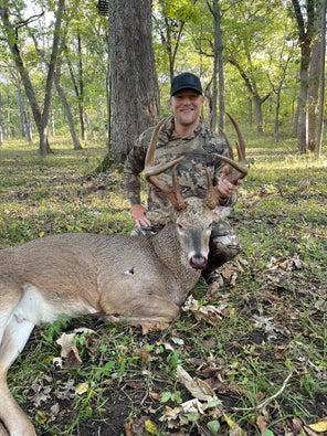 New Bowhunter Tags Kansas Buck With Incredible Antler Mass